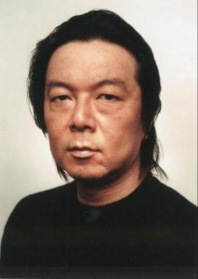 ドラマ『間違われちゃった男』で主演を務める古田新太