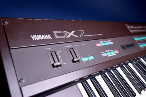 ヤマハDX-7