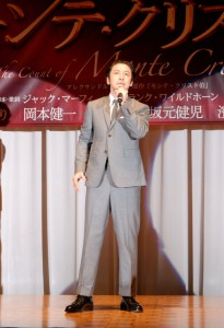 製作発表会では、ミュージカルナンバー『あの日の私』を披露。