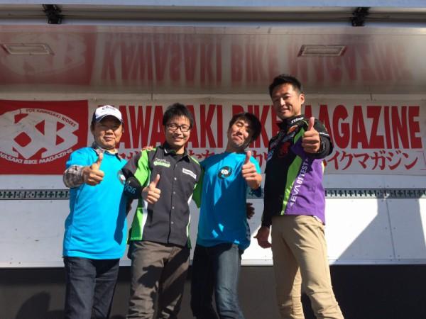 右から出口さん、僕、渡辺さん、キヨさん。イベント終了後の晴れやかな4人だ