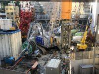 東京は穴だらけ。