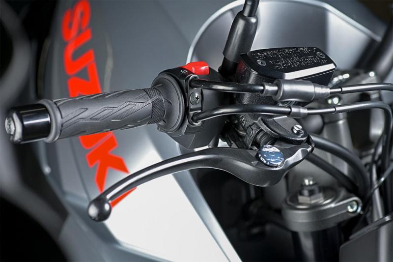 スズキ 新型KATANAのラジアルポンプマスターシリンダー